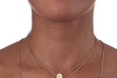 Denise-Indossato-collana-girocollo-Stella-Lettera-particolari